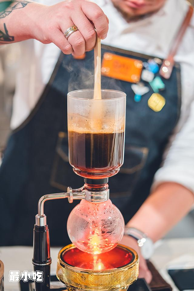 咖啡达人都来大平这家店打卡了,原因是仔细「摒挡」出的手冲咖啡插图12