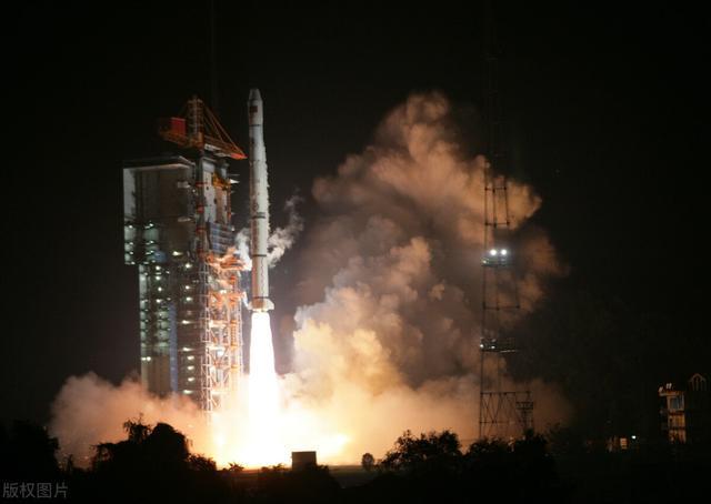 """热烈庆祝中国""""一箭九星""""发射成功,火箭正好经历台湾上空【www.smxdc.net】"""