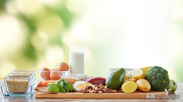 低脂、低碳水化合物饮食,减肥的最佳方法是什么?