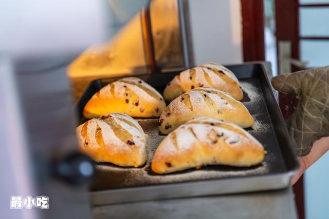平顶山这家需24小时3次纯天然发酵的软欧面包,不预定都吃不到!插图43
