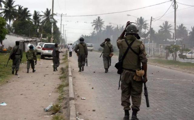 印巴再起冲突,印度无端开火致1巴基斯坦士兵死亡,巴方猛烈回击-第2张