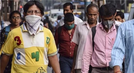 莫迪被损了!反对党喊话印度民众:学会自救吧,总理正忙着喂孔雀-第3张