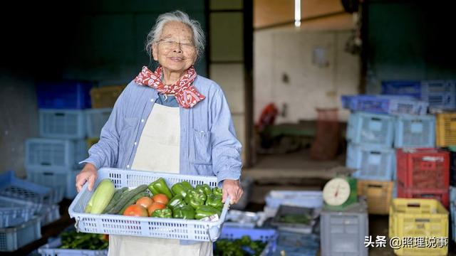 日本老人真长寿!65岁以上占3成,百岁老人超8万,好事坏事?-第2张
