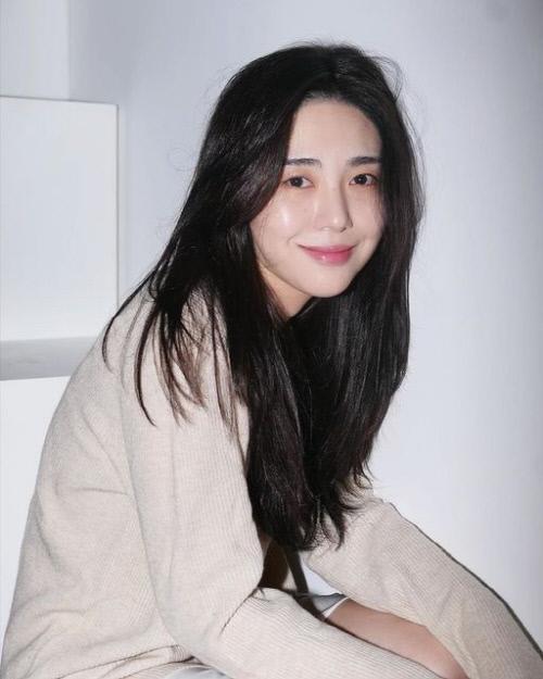AOA前成员权珉娥就此前过激行为致歉,将认真接受治疗