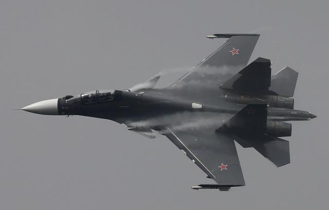俄军苏-30SM战斗机离奇坠毁 传言被另一架苏-35开火击落【www.smxdc.net】