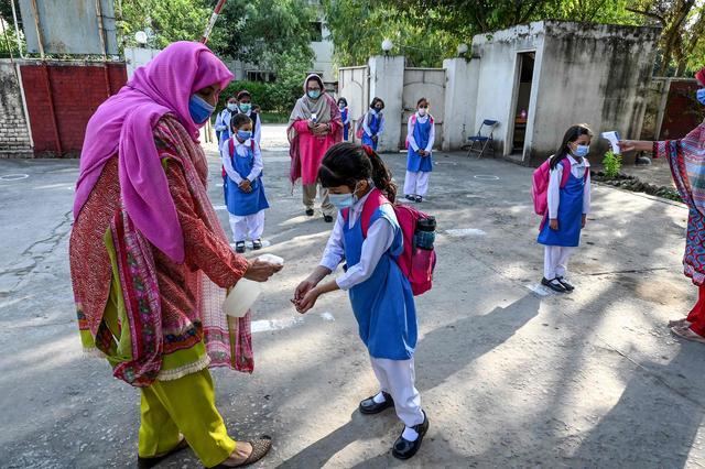 巴基斯坦小学复课-第8张