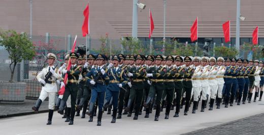 五星红旗,你是我的骄傲——驻香港部队举行国庆节升国旗仪式见闻-第3张