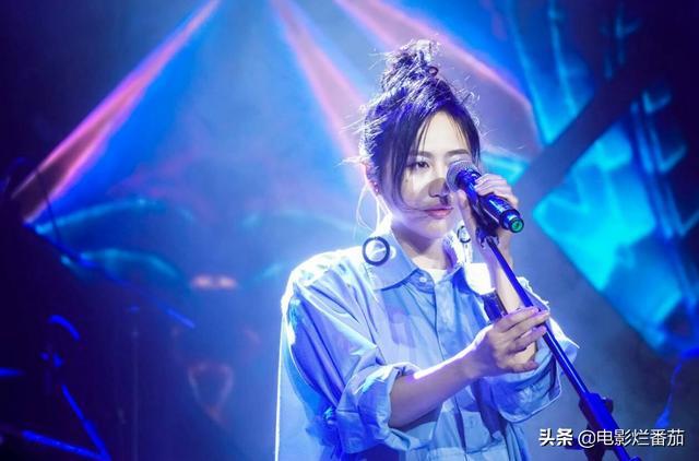 """她的播放量曾仅次于周杰伦、陈奕迅,摇滚女孩陈粒越""""野""""越通透-第15张"""