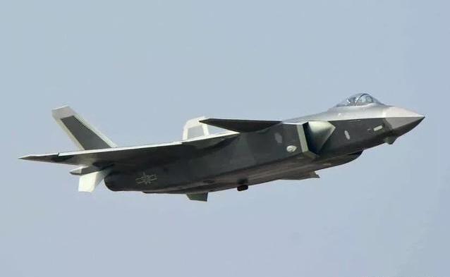 """歼20性能优异,但面对F35环绕的亚太""""鹰链"""",未来面临压力较大-第2张"""