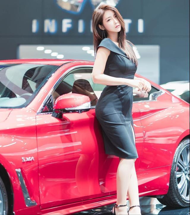 韩国高冷车模柳多妍,翘圆臀加大长腿性感魅惑,臀腿综合训练打造插图1