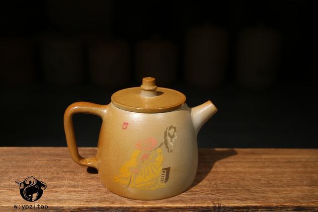 建水紫陶柴烧与白泥柴烧泡茶,口感上有什么区别? 紫陶特点-第1张