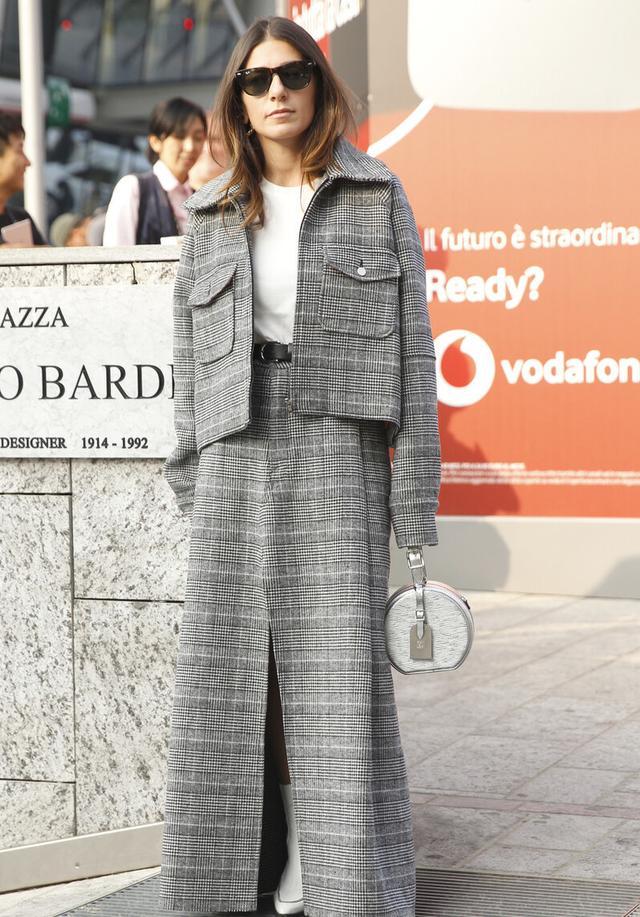 秋季想要穿出新鲜感,不如换件工装夹克,气质丰富款式还多样-第3张