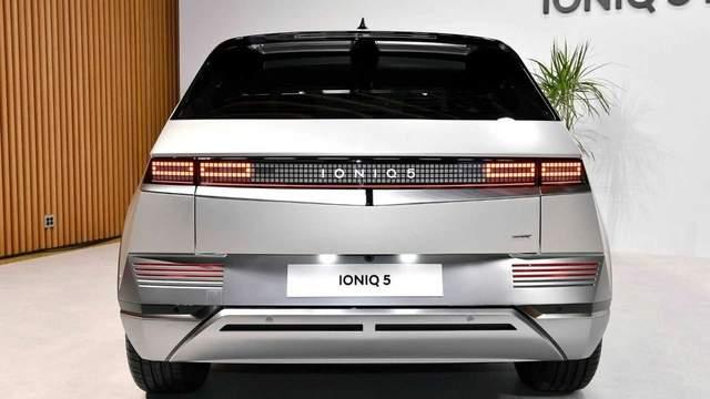 「汽车V报」现代纯电车IONIQ 5全球发布;全新梅赛德斯-奔驰C级发布-20210224-VDGER