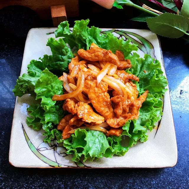 韩式辣酱煎肉:在家做出韩料店的味道!